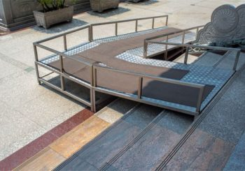 why-its-a-good-idea-to-install-anti-slip-surfaces-on-outdoor-ramps