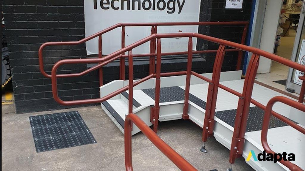 Ramp-Handrails